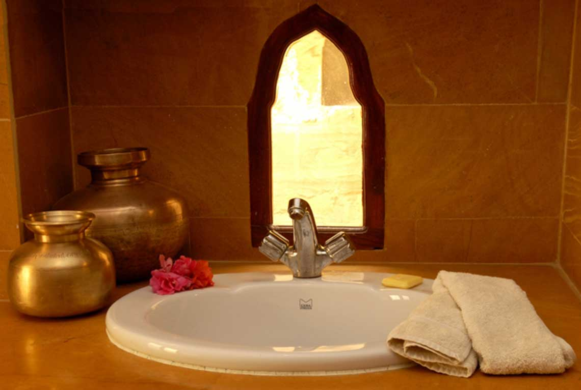 killabhawan cozy bathrooms